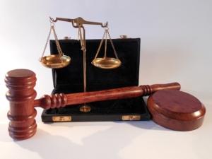 「法テラス」なら気軽に法律の専門家に相談できる